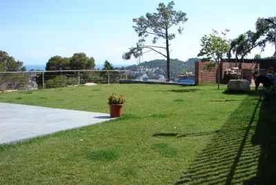 Maison avec piscine et vu panoramique sur la mer, situé sur la Costa Brava.